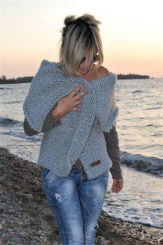 Vest with big collar Easy Pattern DIY Bell Sleeves, Bell Sleeve Top, Knitwear, Vest, Boho, Lifestyle, Pattern, Handmade, Diy