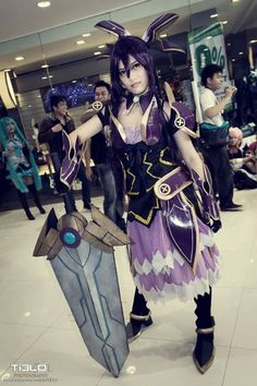 dating cosplayers)