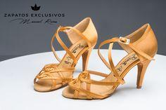 """Disponibles venta online!!!!😍❤️❤️ 😊 Nueva Colección """"Javier & Cristina"""" ··· 4 Veces campeones de España de baile deportivo ···  🤗 🤗 LOS CAMPEONES SOLO CALZAN REINA!!!! 😍❤️❤️ #Tendencia #baile #BaileDeportivo #mambo #swing #custom #mocasines #quierounosiguales #zapatosdebaile #customshoes #HandMadeShoes #amorporelbaile #exclusiveshoes #bachata #shoesmen #kizomba #danza #OnlyTheChampionsAreReina #danielsport #yesfootwear #danceshoes #man #dancer #fashion #love #shoes #exclusive…"""