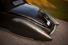 The Understated Art Of Subtle: Dave Jolly's 1938 Lincoln Zephyr Gene Winfield, Lincoln Zephyr, Clocks Back, Steel Rims, Hot Rod Trucks, Rolling Stock, Pinstriping, Street Rods, Custom Cars