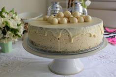 Beogradska bela torta - Kuhinja i Recepti Torte Recepti, Kolaci I Torte, Cake Recipes, Dessert Recipes, Torte Cake, Fun Desserts, Vanilla Cake, Food And Drink, Birthday Cake