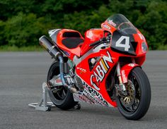 Planet Japan Blog: Honda VTR SPW Team Cabin Honda 8 Hours Suzuka 2000