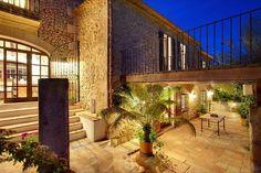 Pollensa Villa Rentals in Spain | Exclusive luxury 4 bedroom villa with feature pool, suitable for the most discerning client. #spain #villa #luxuryvilla
