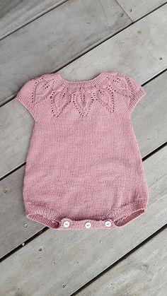 Lille Dahlia Romper pattern by Lene Holme Samsøe