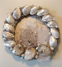 Huur de Oesterkoning in voor uw party www.oesterkoning.nl SHINING SEA WREATH by Marjorie Stafford Design