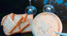 Geklopte soetpatatbotter kan sommer as 'n peuselhappie op vars brood dien.