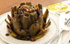 Receita de Alcachofras cozidas com molho de ervas frescas - iG