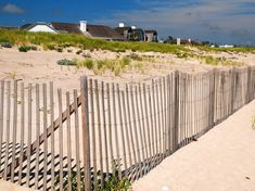 Thrillist named these beaches the easiest and breeziest places to enjoy the surf and sand in New York's summer hot spot. Key West Resorts, Hotels And Resorts, Florida Travel, Florida Beaches, Ocean City, Ocean Beach, Die Hamptons, Marina Resort, Harbor Town