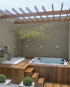 Beautiful and relaxing corner! Project Author: Riolax Hydromassages S. Hot Tub Deck, Hot Tub Backyard, Hot Tub Garden, Small Backyard Pools, Swimming Pools Backyard, Lap Pools, Indoor Pools, Small Pools, Pool Decks