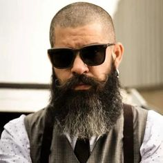 Yeard Short Boxed Beard, Short Beard, Stubble Beard, Sexy Beard, Long Beard Styles, Beard Styles For Men, Clean Cut Beard, Different Types Of Beards, Best Hobbies For Men