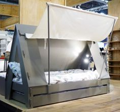 inspiration only/// tent bed/// looks easy enough to replicate