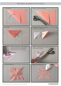 Find silkepapiret eller det farvede printerpapir frem. Når du har klippet papiret til, skal du blot lægge skabelonen ovenpå og klippe det skraverede område væk.