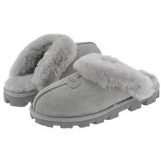 Ugg slippers Grey ugg slippers (worn only inside for the most part). Small stain on the side of left shoe. Really warm and convenient I just use my ll bean moccasins more so no need for 2 pairs of slippers. Uggs For Cheap, Ugg Boots Cheap, Shearling Slippers, Sheepskin Slippers, Grey Ugg Slippers, Uggs With Bows, Winter Snow Boots, Kinds Of Shoes, Milan Fashion Weeks
