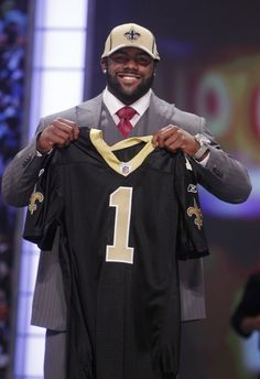 Powerhouse RB from Alabama gets signed first round #28 to New Orleans Saints!