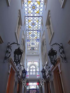 """Hotel """"Palace Chafariz del Rey"""" magnificent interior with a stained glass ceiling #Lisbon #PortugalTrueColors"""