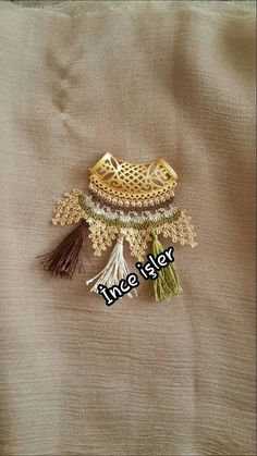 Diy Jewelry, Beaded Jewelry, Jewelry Making, Needle Lace, Bead Crochet, Lace Making, Jewels, Brooch, Embroidery