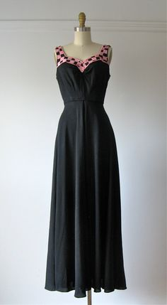vintage 1940s gown / 40s dress / Siren Songstress by Dronning