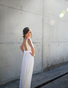 Backless wedding dress  simple wedding dress with lace por Barzelai