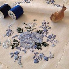 Günaydın...Goodmorning...Güzel bir hafta olması dileği ile...#günaydın #goodmorning #dekoratifnakış #nakış#embroidery #handmade #elişi#needlework #needleart#madeira#