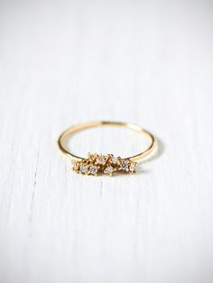 noir Diamond Cluster Ring // would be such a unique engagement ring! Cute Jewelry, Jewelry Box, Jewelry Accessories, Fashion Accessories, Fashion Jewelry, Jewlery, Fashion Rings, Diy Jewelry, Bling Bling