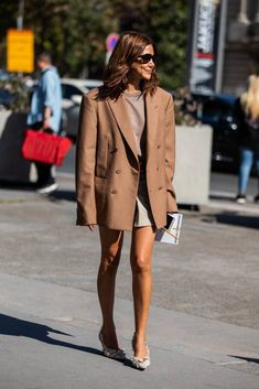 Trendy Summer Outfits Ideas For Women Street Style 10 Street Style Chic, Street Style Trends, Street Style Women, Trendy Summer Outfits, Chic Outfits, Fashion Outfits, Womens Fashion, Fashion Trends, Woman Outfits