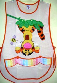 TIGGER  Manta.  Decoració en bolsa. Aprons Vintage, Kuta, Construction Paper, Matilda, Marie, Couture, Sewing, Crochet, Projects