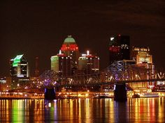 When your hometown looks like that, you can't help but be sad to leave it   Louisville, Ky<3