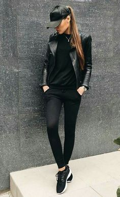 40 Brilliant Black Leather Jacket Ideas For Women Leather Jacket Outfits 2020 All Black Outfits For Women, Black Women Fashion, White Outfits, Look Fashion, Casual Outfits, Clothes For Women, Womens Fashion, All Black Outfit Casual, Black Sneakers Outfit