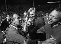 Nobby Stiles won the World Cup alongside Sir Bobby Moore Official Manchester United Website, Manchester United Players, Bobby Moore, Man Utd News, Nobby, World Cup Winners, England Football, World Cup Final, Man United
