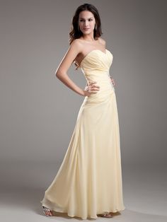 Sweetheart Ruched Chiffon Long Prom Dress with Sequined Applique Brands:TOSCANew Product:YESFreeship:YESNote:Color of applique will be the same with applique color…