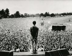 :: Oasisinet :: The Official Oasis website and fan community