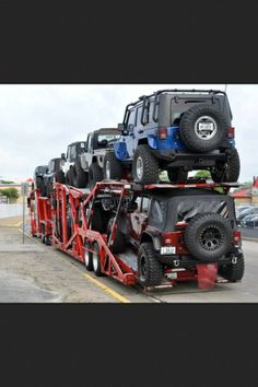 a jeep lover's dream...yes I'll take one please!