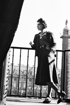 . Perfume Chanel, Chanel Nº 5, Mode Chanel, Chanel Brand, Chanel Paris, Chanel Couture, Chanel Fashion, Vintage Chanel, New Fashion