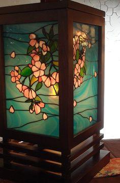 『桜 行燈』