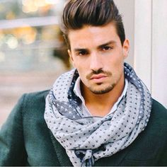 ...Thanks to our special friend @marianodivaio wearing scarf butterfly Silk & Wool...#fefeglamour #scarf #butterfly #silk #gentlemen #foulard