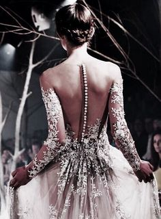 Shared by @mindofotherstars. Find images and videos about dress, fashion and wedding on We Heart It - the app to get lost in what you love.