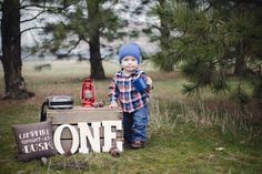 Rustic First Birthday Party - Rustic Baby Chic 1st Birthday Photoshoot, Baby Boy 1st Birthday, Birthday Fun, First Birthday Parties, Birthday Ideas, Lumberjack Birthday Party, Rustic Birthday, 1st Birthday Pictures, Birthday Photography