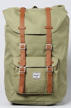 HERSCHEL SUPPLY The Little America Backpack in Olive Drab