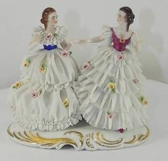 DRESDEN LACE FIGURES OF GIRLS DANCING C1950