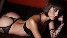 Sexy modelo Olinda Castañeda sube la temperatura con videoclip de infarto