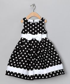 love the classic black and white polka dots