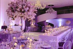 Glitter tablecloth for a full Gatsby inspired wedding. Wedding by kamariage.com…