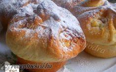 Túrós batyu muffin formában recept Vass Laszlone konyhájából - Receptneked.hu Hamburger, Muffin, Bread, Recipes, Food, Brot, Essen, Muffins, Eten