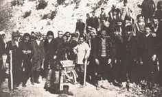 A labour battalion (amele taburlari) during the genocide In Ancient Times, Historical Photos, Istanbul, Greece, Places To Visit, Asia, Island, History, Concert