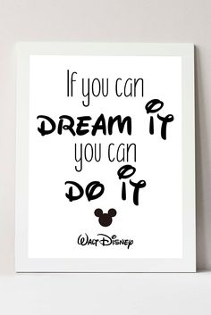 Mickey Mouse Quotes, Mickey Mouse Room, Disney Classroom, Disney Home Decor, Disney Diy, White Wall Decor, Black Decor, Disney Frames, Disney Drawings