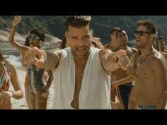 """Ricky Martin estrena el video de """"Vida"""",  su canción para el Mundial de Brasil 2014 www.vivalaradiotelevision.com"""