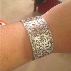 premier jewelry metal bracelet premier metal bracelet. silver. thick metal. offer welcome Premier Designs Jewelry Bracelets