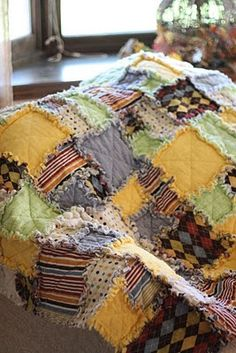 Wow, I love this! It looks like a vintage quilt to me. Not fancy just comfy :)