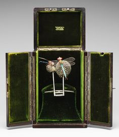 Hair ornament, ca. 1904 Louis Comfort Tiffany Silver, enamel, black and pink opals, demantoid garnets