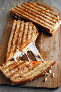 Sun dried Tomato Pesto Panini Our Best Grilled Sandwich And Panini Recipes Tacos, Tostadas, I Love Food, Good Food, Yummy Food, Delicious Recipes, Ideas Sándwich, Wrap Sandwiches, Panini Sandwiches